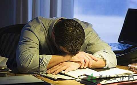资讯生活长期熬夜对肝有伤害吗 长期熬夜对那些器官有伤害